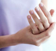 боли в суставах рук причины лечение народными средствами
