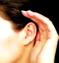 аллергия закладывает уши
